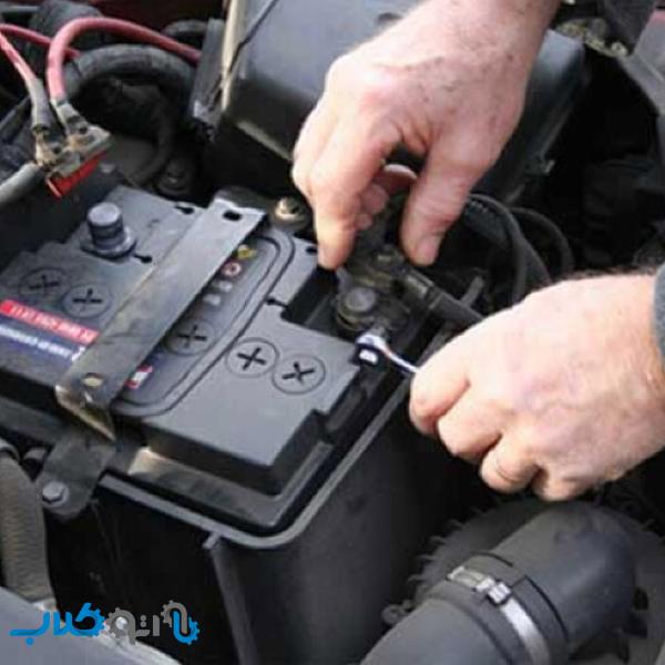 نگهدارنده باتری در خودرو چیست و چه کاربردی دارد؟