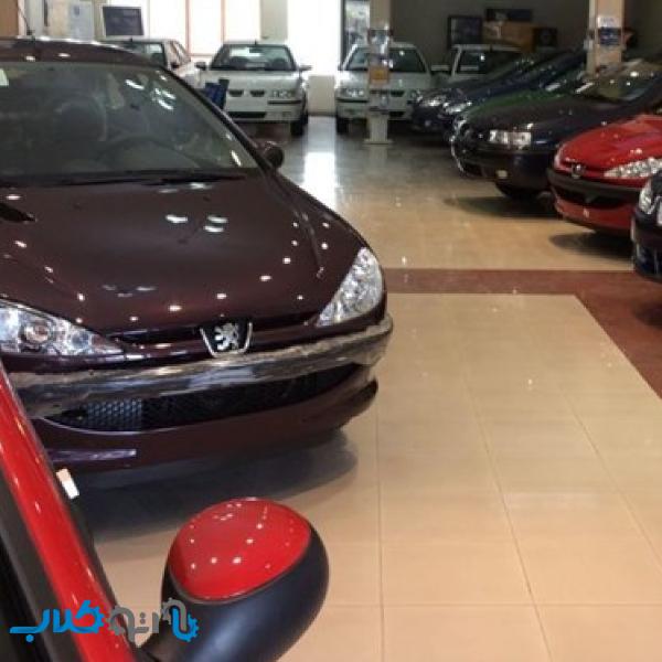 ریزش قیمت خودرو ادامه خواهد داشت/ حباب قیمت خودروهای داخلی چقدر است؟